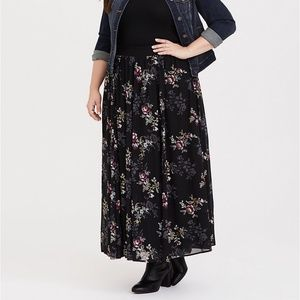NWT Torrid BLACK GOLD FLORAL CHIFFON MAXI Skirt